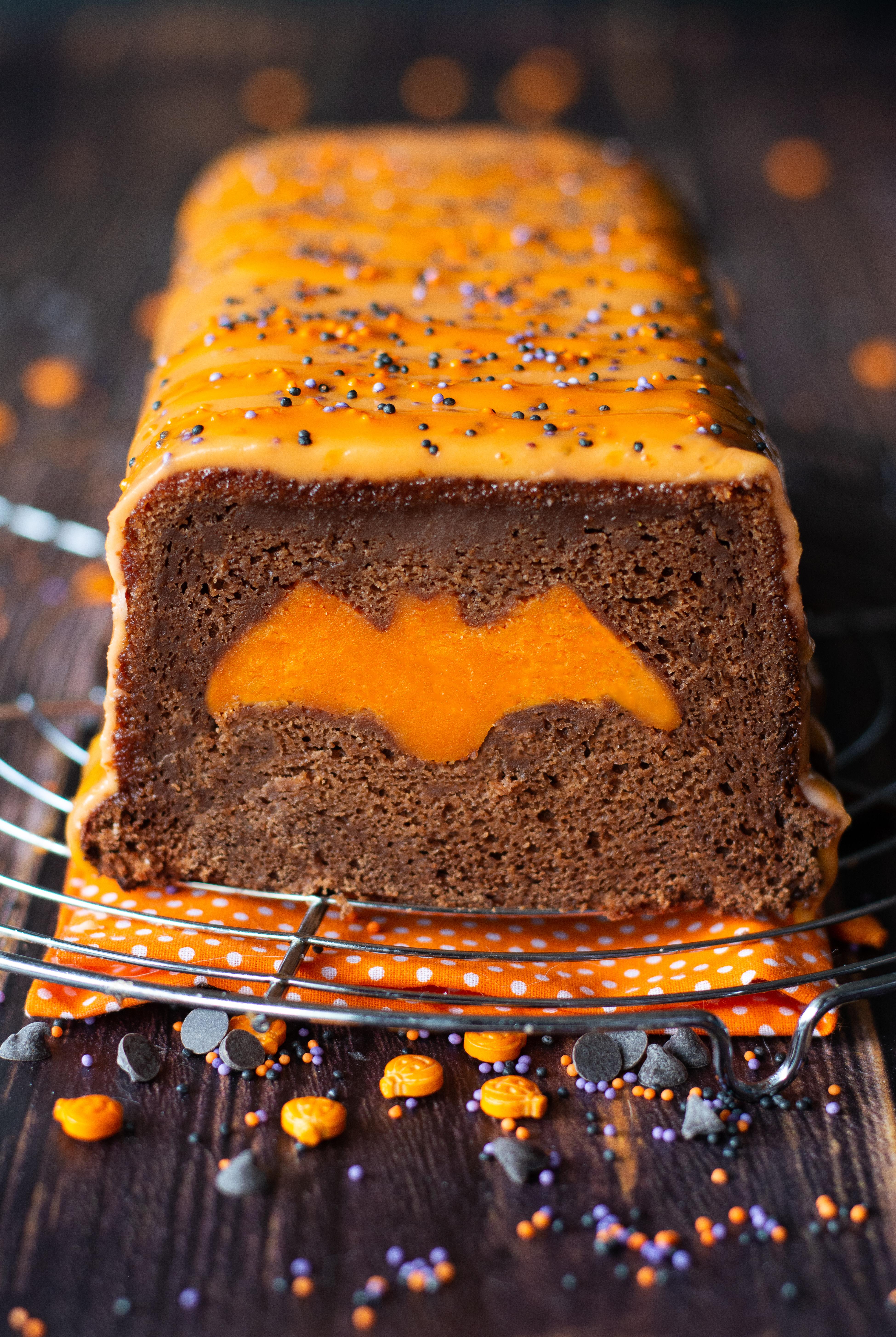 cake surprise halloween vegan